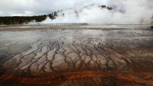 YellowstoneEruption_main_06